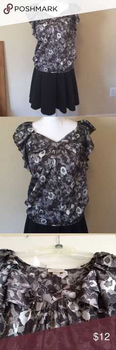 LOFT Gray Floral Blouse Black, gray and white blouse with ruffle detail and a banded bottom from LOFT. Perfect with a black skirt. LOFT Tops Blouses
