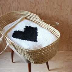 Knitted Heart Baby or Lap/Throw Blanket