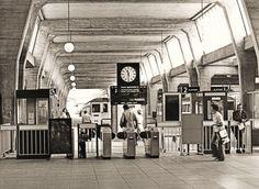 UXBRIDGE TUBE STATION | UXBRIDGE | LONDON | ENGLAND: *London Underground…