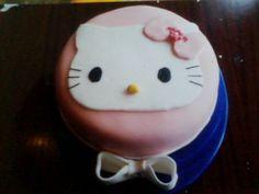 Tarta fondant Hello Kitty .enero 2013