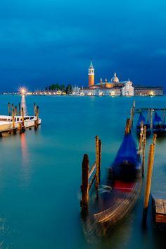 Venice, Italy sleep under canvas : unusual Venice !