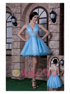 Buy v neck mini length baby blue ruched prom dresses for girls with beading from popular prom dresses shop, v neck neckline a line blue aqua blue prom dress,cheap knee length prom party cocktail party homecoming dress with criss cross back and . Homecoming Dress Stores, Blue Homecoming Dresses, Prom Dress 2014, V Neck Prom Dresses, Beaded Prom Dress, Prom Dresses Online, Cheap Prom Dresses, Prom Party Dresses, Party Gowns