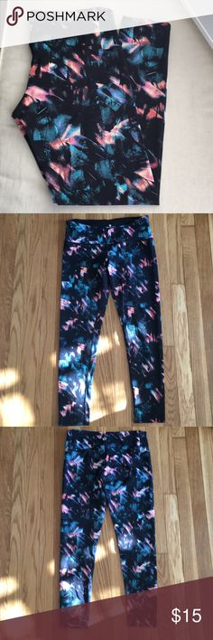 Floral Leggings No matter how badly I want to pull this look off, it's just not me. Used once. Washed and hung to dry. tuff athletics Pants Leggings