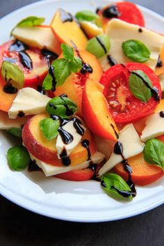 Check out this Peach Caprese Salad for a wonderful summer side dish, appetizer or even a meal! Mozzarella cheese, tomatoes, peaches and basil makes a fresh and satisfying dish. Black Bean Salad Recipe, Bean Salad Recipes, Milk Recipes, Healthy Recipes, Vegetarian Recipes, Fruit Recipes, Delicious Recipes, Healthy Food, Healthy Eating