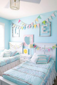Turquoise Room Ideas Save it for later. Turquoise room ideas – turquoise bedroom ideas for girls, boys, and adult. There's also another turquoise room ideas like living room and family room. Check 'em out! Diy Home Decor Bedroom For Teens, Diy Home Decor Rustic, Kids Bedroom Ideas For Girls Tween, Kids Rooms Decor, Shared Girls Rooms, Rooms For Kids, Budget Bedroom, Kids Girls, Girls Room Wall Decor