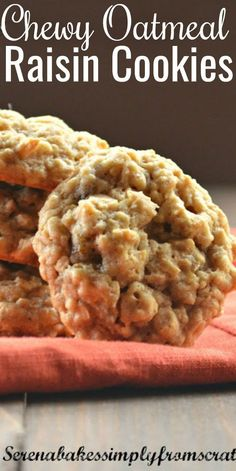 Soft Chewy Oatmeal Raisin Cookies with just the right amount of spice are a family favorite recipe! A classic cookie that is easy to make and loved by everyone! One of the best chewy Oatmeal Raisin… Cake Mix Cookie Recipes, Best Cookie Recipes, Yummy Cookies, Baking Recipes, Cookies Soft, Easy Oatmeal Cookies, Oatmeal Cookie Recipes, Healthy Recipes, Soft And Chewy Oatmeal Raisin Cookies Recipe