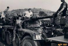 - Junho de 1967 . Alfredo Vaz Pinto  Preparativos escolta ao MVL para Zala. Da esquerda para a direita . http://www.prof2000.pt/users/secjeste/arkidigi/Angola/BelaVista/02_BelaVista.jpg