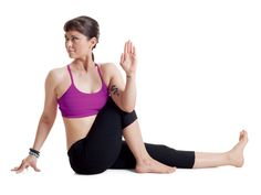 10 Best Yoga Poses For Busy Women