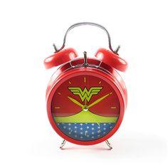 Relógio de Mesa Despertador Mulher Maravilha Woman Bedroom, Girls Bedroom, Superman Room, Mesa Geek, Superhero Room Decor, Wonder Woman Pictures, Amazon People, Best Superhero, Bedroom Themes