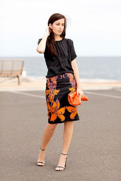 falda estampada negro & naranja - camiseta negro