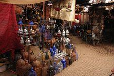 Souk dans le centre de la Médina, Marrakech.