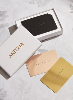 Luxurious gift card and packaging design - Accessories branding and packaging design for luxurious jewellery brand and gift card design.