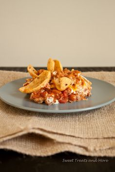 Oven Baked Frito Chili Pie...YUM! Cooking this at this moment. Tweaking a little to what I have in my cabinet. =)