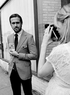 The Ryan Gosling Look Book - Blue Valentine with Michelle Williams. Michelle Williams, Ryan Gosling, Film Blue, Blue Valentine, Valentine Heart, Beautiful Men, Beautiful People, Beautiful Film, Gorgeous Guys