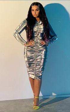 Demi Lovato Body, American Singers, Woman Crush, Selena Gomez, Ariana Grande, Red Carpet, Celebrity, Celebs, Amor