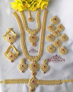 20 Prettiest Bridal Jewelry Set Designs You Have Ever Seen Before Indian Bridal Jewelry Sets, Wedding Jewelry Sets, Bridal Jewellery, Bridal Accessories, Cz Jewellery, Hand Jewelry, Wedding Set, Girls Jewelry, Gold Bangles Design