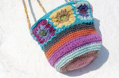 剛剛逛 Pinkoi,看到這個推薦給你:七夕情人節 限量一件 手工編織置物籃/收納籃/吊掛袋 - 藍色系花朵編織 - https://www.pinkoi.com/product/HcPsiRDm