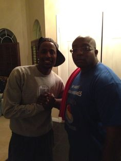 Chef MDM- a.k.a. ( The Cheesecake-King-Mayweather ) with the big homie Actor Jackie Long, chillin behind the scenes at a Private Victory Party for cousin Floyd...