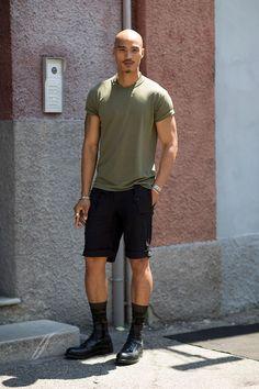 #PaoloRoldan casual in shorts and a t-shirt. Milan