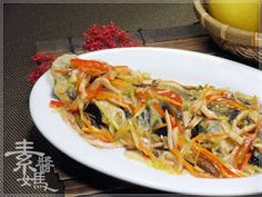 素醬媽蔬食廚房: 【炒‧料理】過年年菜特輯。五彩富貴慶有餘(自製素魚)