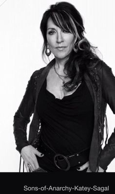 Anyone out there a fan of SOA?!!! Katey Sagal joins the list of many celebrities that use Rodan + Fields!!! She could use any product out there but she chooses to buy R+F!! Whaaaa???! Pretty awesome if you ask me!