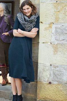 Bordeaux Jersey Midi #Dress #anthrofave #anthropologie
