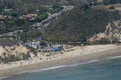 Santa Barbara Helicopter Tours   Photo by Paul Wellman. Hendry's Beach and our friends at the Boathouse....the best restaurant in SB !! We recommend the Boathouse to all our passengers!!