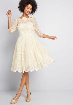 Chi Chi London Chi Chi London Gilded Grace Lace Dress in Ivory Champagne Western Wedding Dresses, Luxury Wedding Dress, Gorgeous Wedding Dress, Wedding Gowns, Short Bridal Dresses, Civil Wedding Dresses, Dream Wedding, Wedding Attire, Emerald Green Dresses