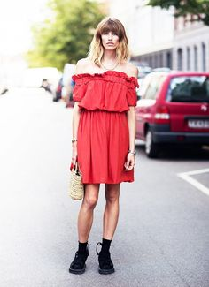Maje Zmaje HOW TO WEAR: Naked shoulders trend