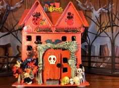 Wow, look at this creepy, spooktacular house Carol Calhoun created. She sells… Halloween Fairy, Halloween House, The Fragile, Centerpieces, Table Decorations, Party Guests, Samhain, Hostess Gifts, Faeries