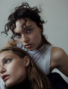 OYSTER BEAUTY: 'HOME GIRLS' SHOT BY ROMAIN DUQUESNE