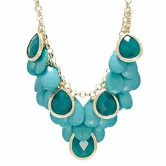 Arosia's Turqouise Pear Drop Necklace & Earring Set