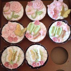 Cupcakes festa Bosque das Fadas. #benditosbrigadeiros #doces #candy #docesmodelados #docespersonalizados ...