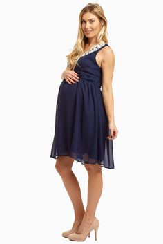 This fabulously feminine crochet neck chiffon dress is just the thing you should be wearing. Breezy, beautiful, and always flattering, you can have something to look and feel amazing in all season long. Stylish Maternity, Maternity Style, Maternity Fashion, Pink Blush Maternity Dress, Maternity Dresses, Maternity Photography Poses, Pregnancy Outfits, Chiffon Dress, Blush Pink