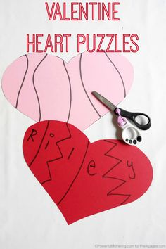 Valentine Heart Name Puzzles for Preschoolers and toddlers. A fun fine motor exercise that also helps kids learn to identify the letters in their names! Valentine Theme, My Funny Valentine, Valentines Day Party, Valentine Day Crafts, Valentine Heart, Valentine Ideas, Toddler Party Games, Music Themed Parties, Music Party
