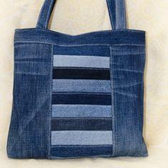 Denim Bag 55 – Kunsthandwerkskatalog # 66895 Related posts: No related posts. Denim Handbags, Denim Tote Bags, Denim Purse, Patchwork Bags, Quilted Bag, Bag Quilt, Sewing Jeans, Jean Purses, Denim Crafts
