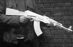 Full Size AK-47 Assault Rifle Ver.3 Free Gun Paper Model Download