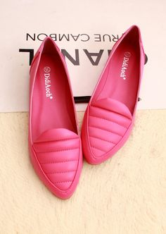 European and American minimalist retro stylish and comfortable pressure line pointed single shoes flat shoes comfortable shoes. http://zzkko.com/n170625 $ 18.84