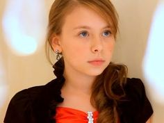So Complicated by Anna Graceman 11 year old gifted performer. Kids Singing, Art Sculptures, Original Song, Great Videos, Her Music, Veronica, Itunes, Divas