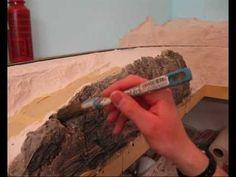 Modelbaan bouwen - bergen gipsen en schilderen - achtergrond schilderen - YouTube