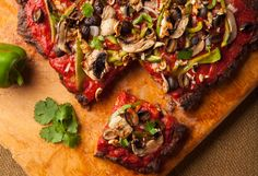 """Veggie Meatza - Paleo Comfort Foods. Meat """"crust"""" with fresh tomato sauce and veggie toppings"""