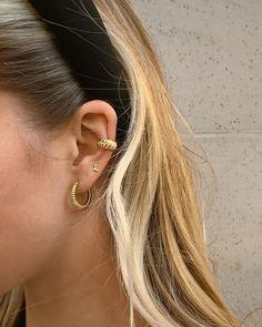 Petite Fashion Tips .Petite Fashion Tips Dainty Jewelry, Cute Jewelry, Jewelry Accessories, Women Jewelry, Bold Jewelry, Trendy Jewelry, Summer Jewelry, Simple Jewelry, Jewelry Ideas