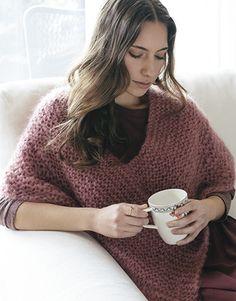 Tijdschrift Beginners 5 Herfst / Winter | 7: Dames Poncho | Donker bleekrood