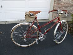 Fuji Mixte with Linus Rack by Sly Red, Chicago, via Flickr