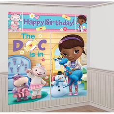 Set the stage for healing! Grab your stethoscope, and get ready for fun with the Doc McStuffins Scene Setter. This adorable poster set looks just like Doc McStuffins' house, and features the Doc and a