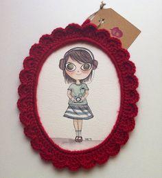 Holaaa!! Hoy os traigo una idea que a mí particularmente me encantaaaa!!!! Marcos de crochet!! La idea la tomé prestada de una tienda de...