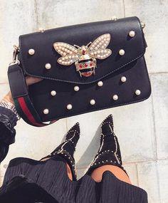 buy online da969 aeca8 Gucci bag black with pearl