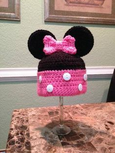 Check out this item in my Etsy shop https://www.etsy.com/listing/210288340/minnie-mouse-ear-hat