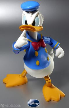 Donald Duck by on DeviantArt Mickey Mouse E Amigos, Mickey Mouse Photos, Mickey Mouse And Friends, Minnie Mouse, Disney Icons, Disney Cartoon Characters, Disney Cartoons, Disney Duck, Disney Mickey