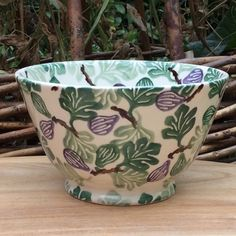 Emma Bridgewater collectors' club tiny-fig bowl (sold on eBay for US $77.85, 4 December 2018)